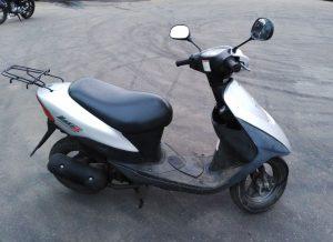 Скутер Suzuki Lets 2